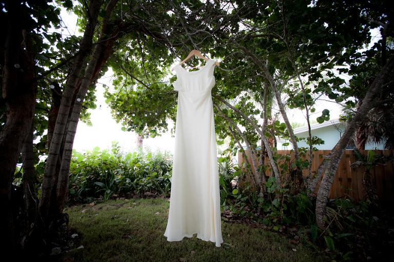 Aqua Blue and Lime Green Siesta Key Beach Wedding - Siesta Key Wedding Photographer Ware House Studios (4)