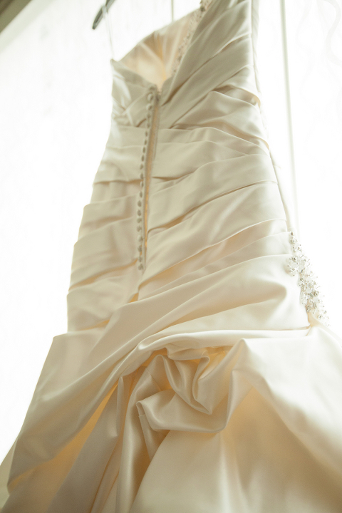 Pink & White Elegant Tampa Marriott Waterside Wedding - Kimberly Photography (3)