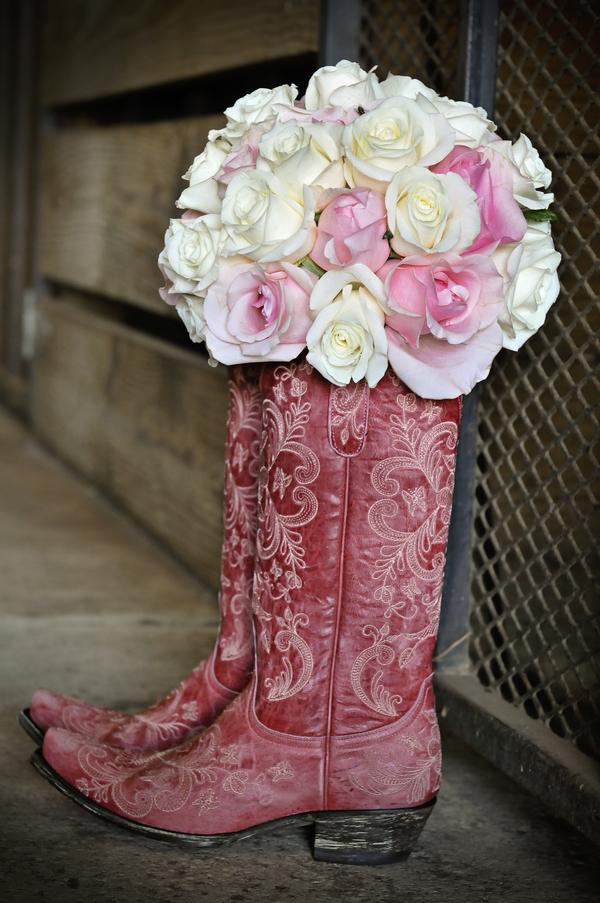 Silver and Pink Country Dade City Wedding - Barrington Hill Farm - CV Fuller Photography (5)