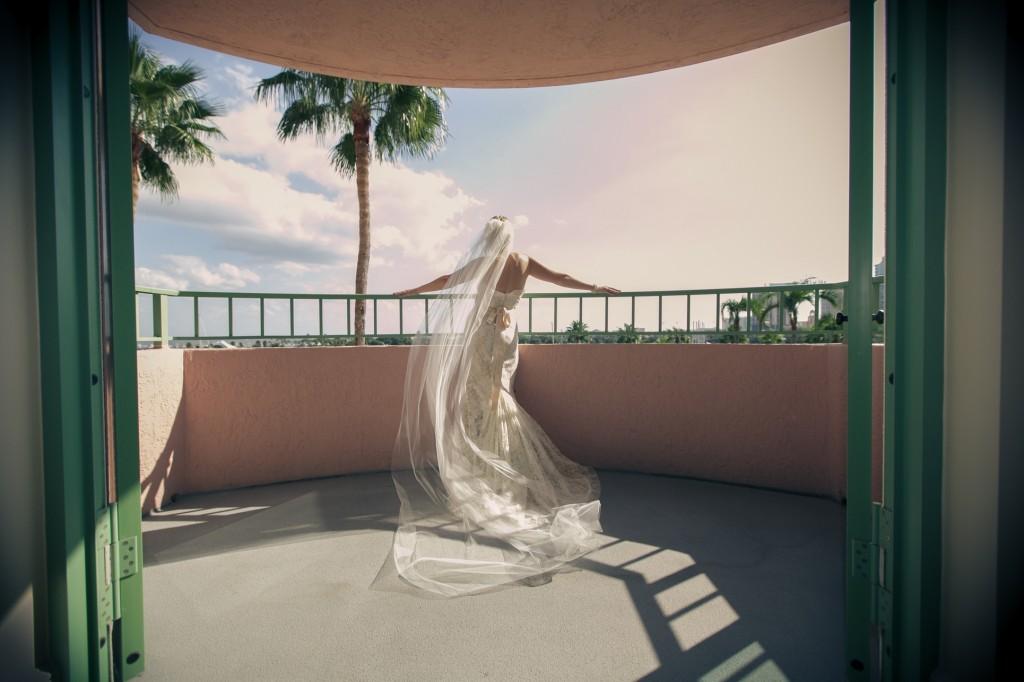 Rustic Fall St. Petersburg Museum of Fine Arts Wedding - St. Petersburg Wedding Photographer Ware House Studios (31)
