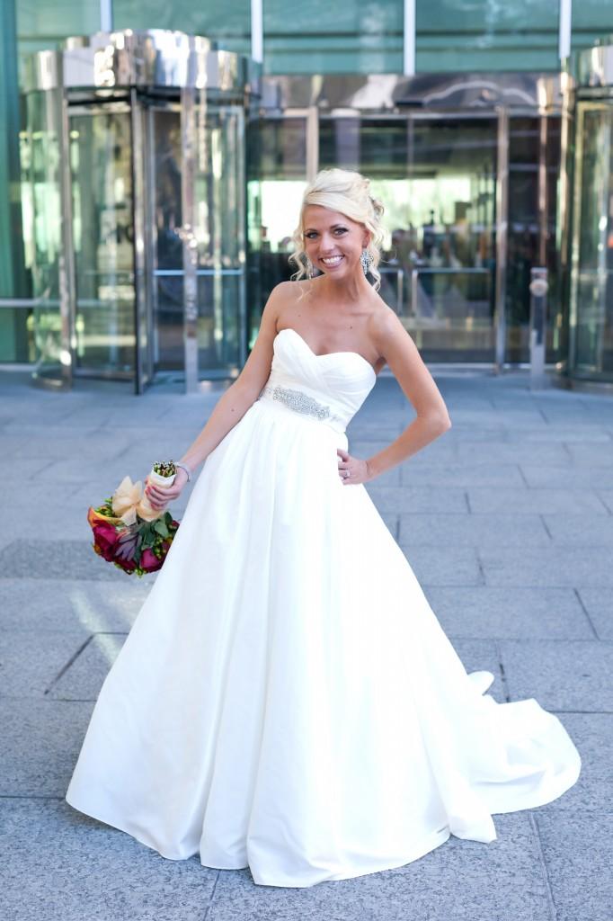 Gold & Garnet Downtown Tampa Wedding - The Tampa Club - Jerdan Photography (14)
