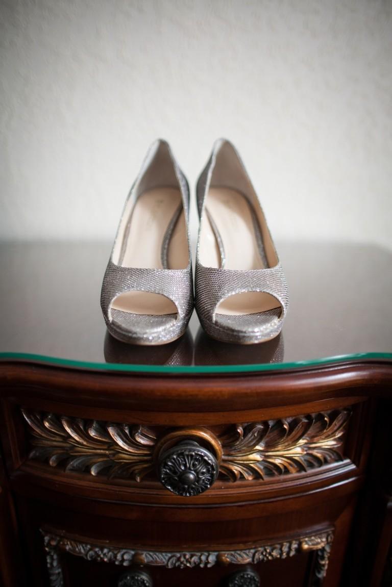 Elegant Black and White Downtown Tampa Wedding - Floridan Palace (2)