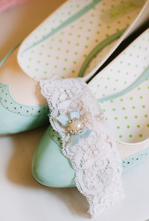 Mint Green & Ivory Rustic Ybor City Wedding - Raquel Sergio Photography (1)