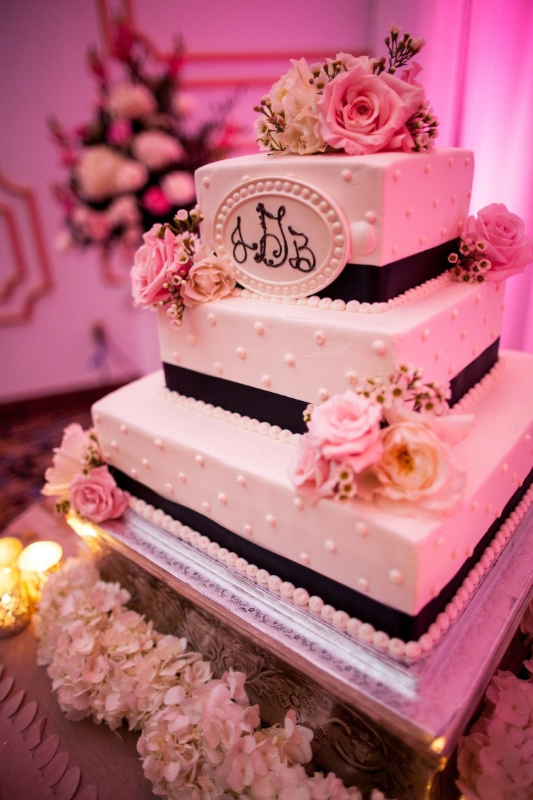 Floridan Palace Wedding | Elegant Black and White Wedding