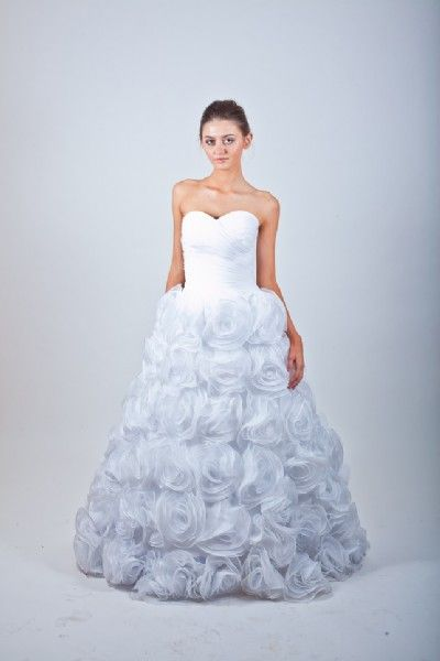 Alma Vidovic Bridal Dress Trunk Show - Sunday, May 19, 2013
