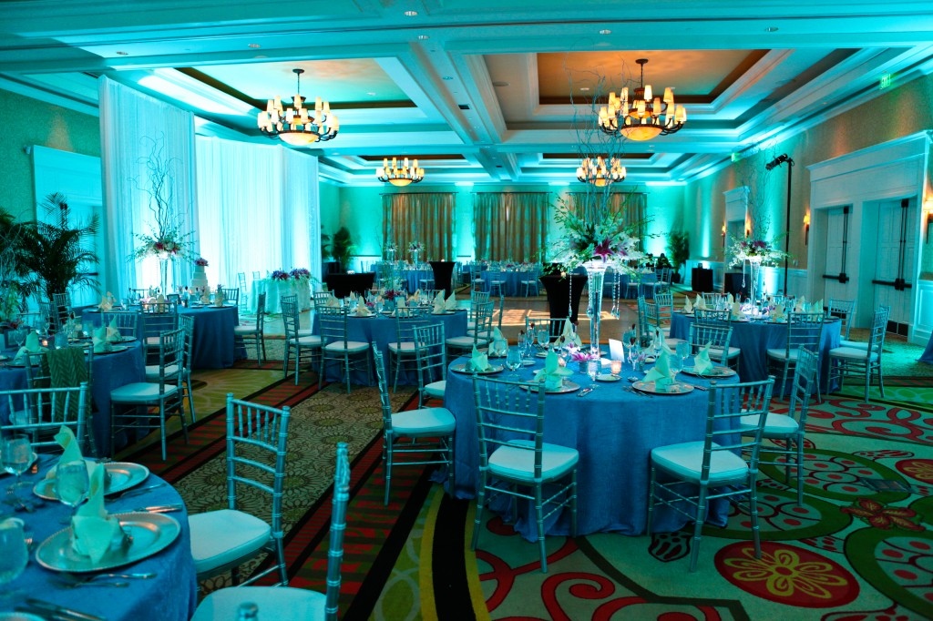 Clearwater Beach Wedding at the Sandpearl Resort - Grey & Aqua Destination Wedding (8)