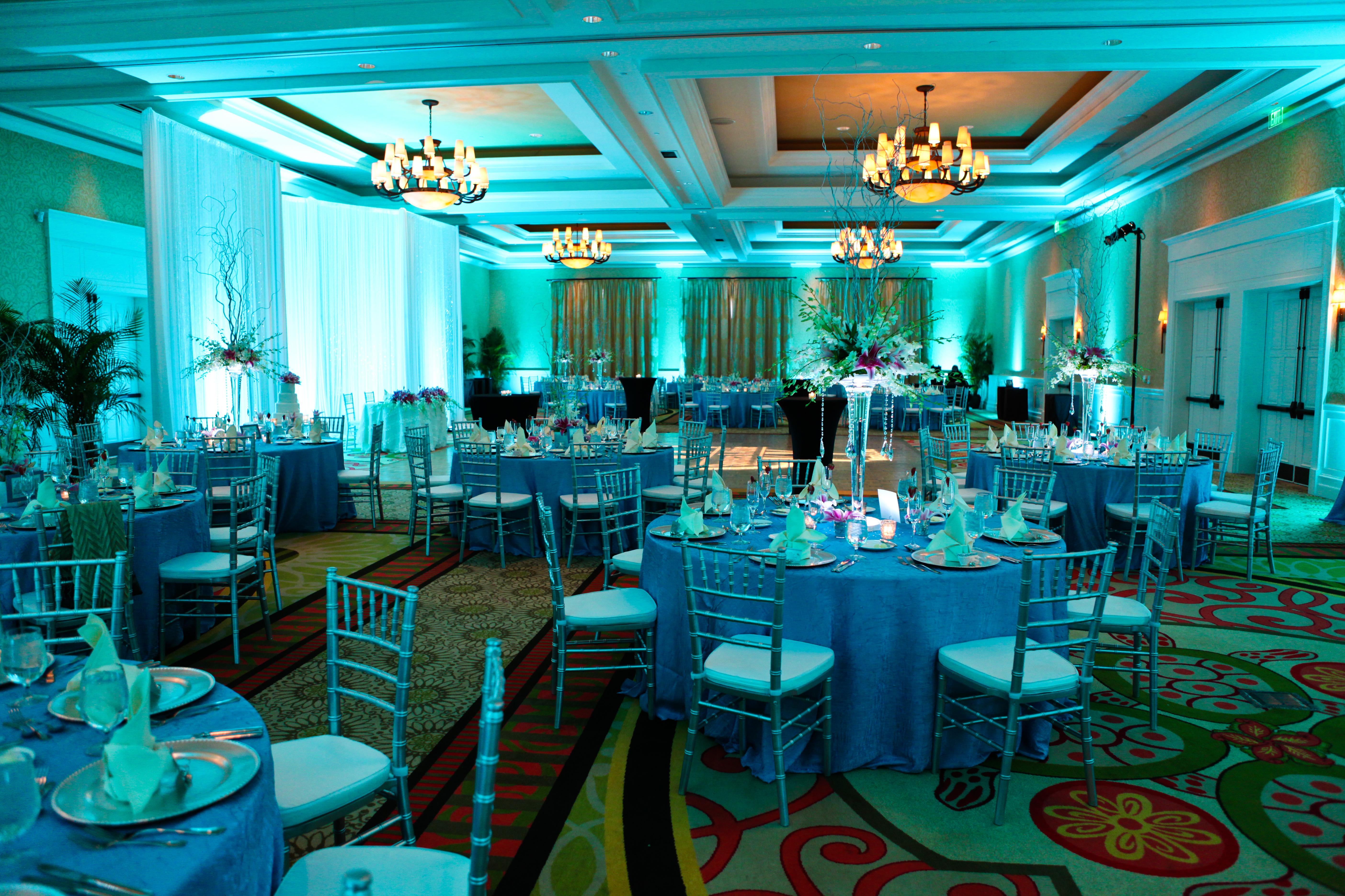 Clearwater Beach Wedding Grey Amp Aqua Destination Wedding Marry Me Tampa Bay Wedding Blog