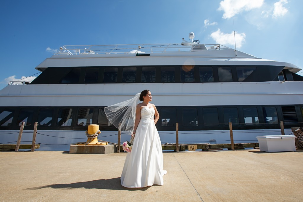 Yacht StarShip Wedding - Pink & Navy Downtown Tampa Wedding - Tampa Wedding Photographer Carrie Wildes Photography (21)