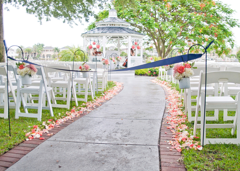 Navy, White & Coral Davis Island Garden Club Wedding - Tampa Wedding Photographer Kristen Marie Photography (13)