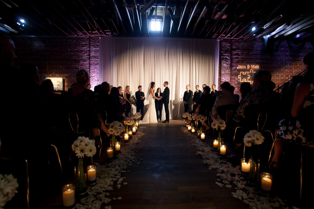 NOVA 535 Downtown St. Pete Black & White Wedding - St. Petersburg Photographer Laurie Wilson Photography (21)