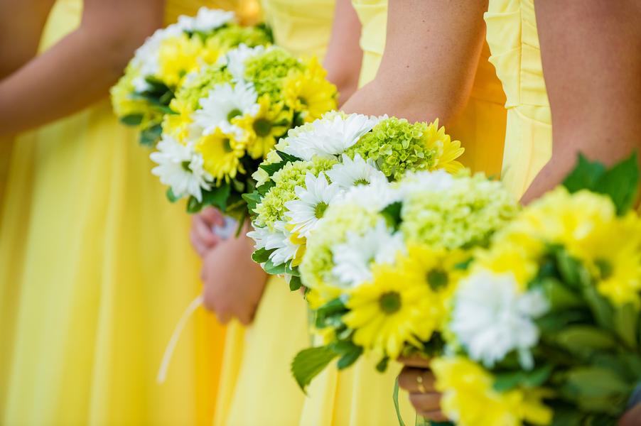 Green & Yellow Clearwater Beach Postcard Inn Wedding - Andi Diamond Photography (20)