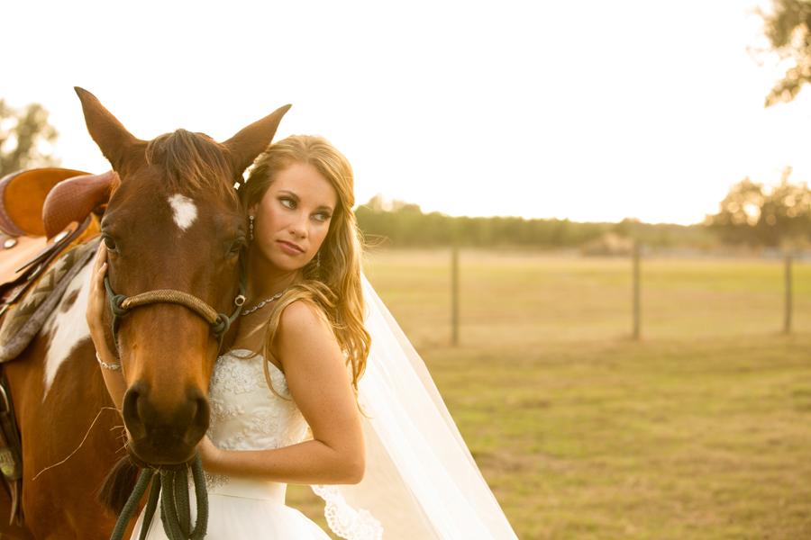 Purple and Cream Country Chic Brooksville Wedding - Brooksville Wedding Photographer Leah Jean Photography (27)