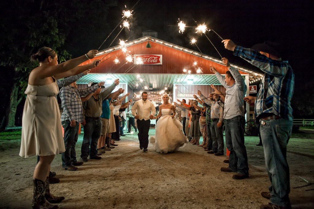 Beige and Cream Vintage Country Barn Wedding - Tampa Wedding Photographer Jeff Mason Photography (48)