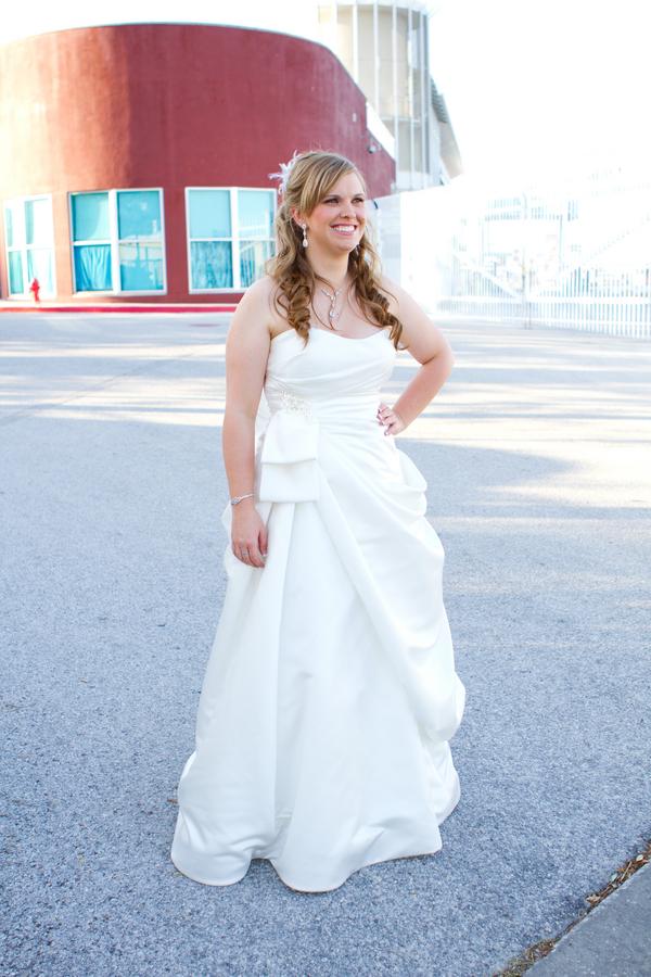 Cobalt Blue and Yellow Florida Aquarium Wedding - Tampa Wedding Photographer Horn Photography and Design (12)