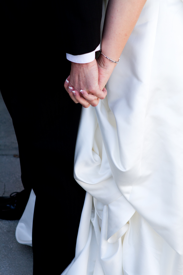 Cobalt Blue and Yellow Florida Aquarium Wedding - Tampa Wedding Photographer Horn Photography and Design (15)