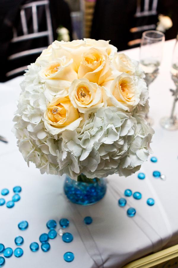 Cobalt Blue and Yellow Florida Aquarium Wedding - Tampa Wedding Photographer Horn Photography and Design (34)