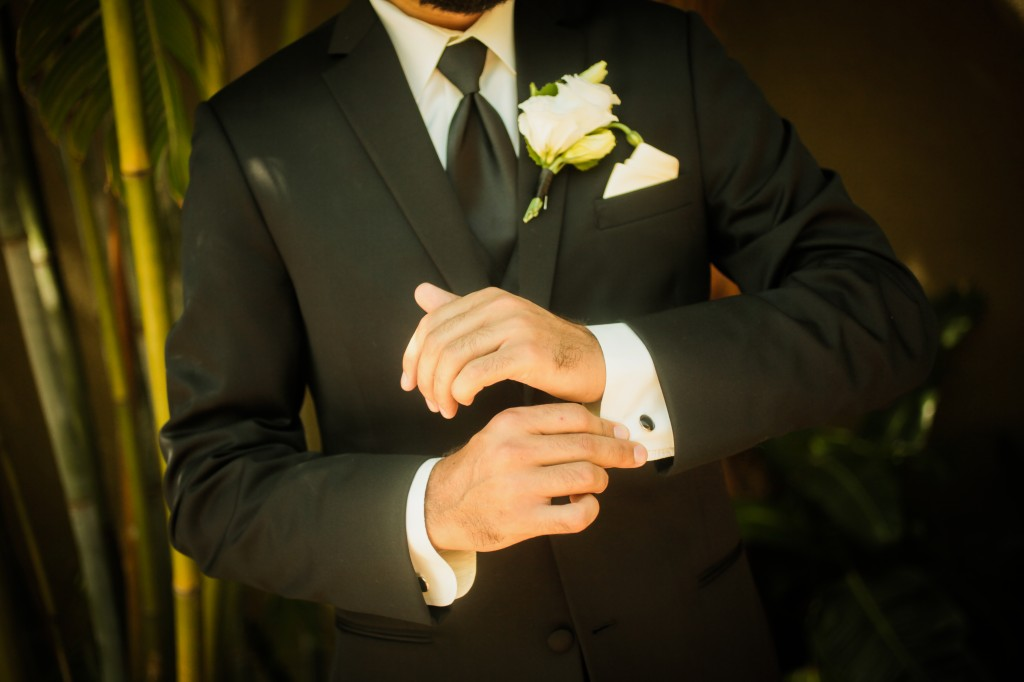 Black, White & Grey Modern St. Petersburg Wedding - NOVA 535 - St. Pete, FL Wedding Photographer Life Long Studios (13)