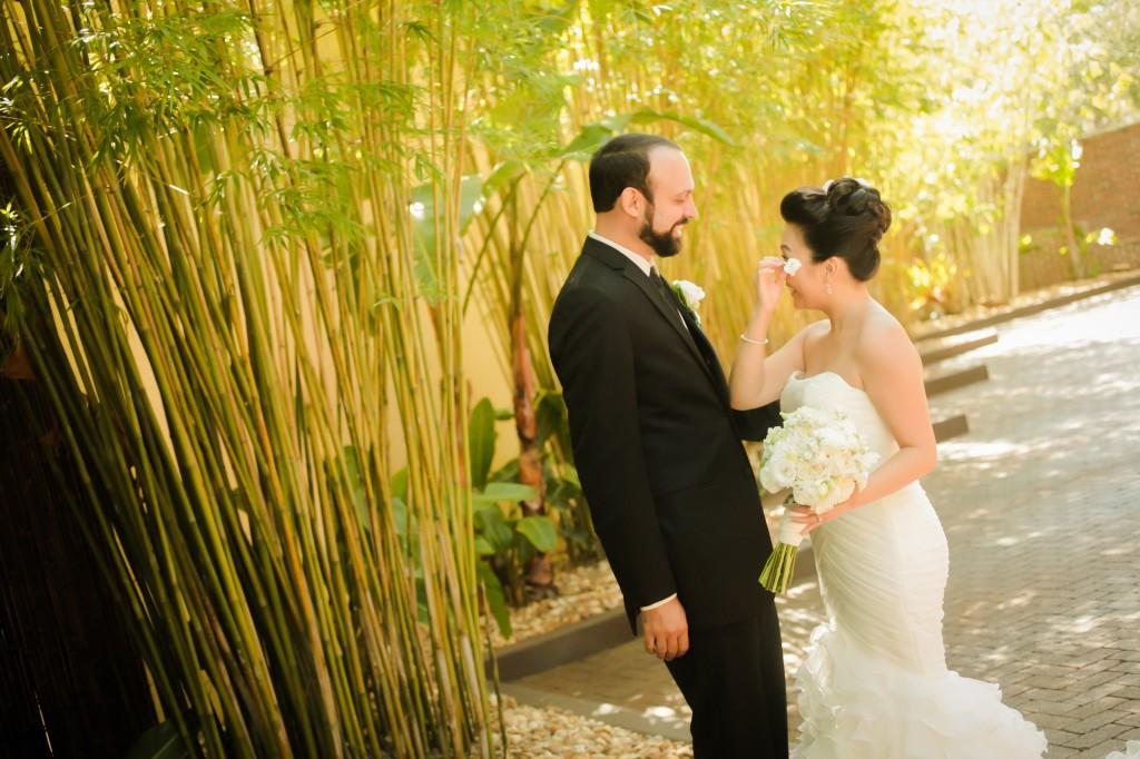 Black, White & Grey Modern St. Petersburg Wedding - NOVA 535 - St. Pete, FL Wedding Photographer Life Long Studios (15)