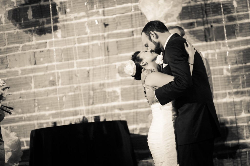 Black, White & Grey Modern St. Petersburg Wedding - NOVA 535 - St. Pete, FL Wedding Photographer Life Long Studios (25)
