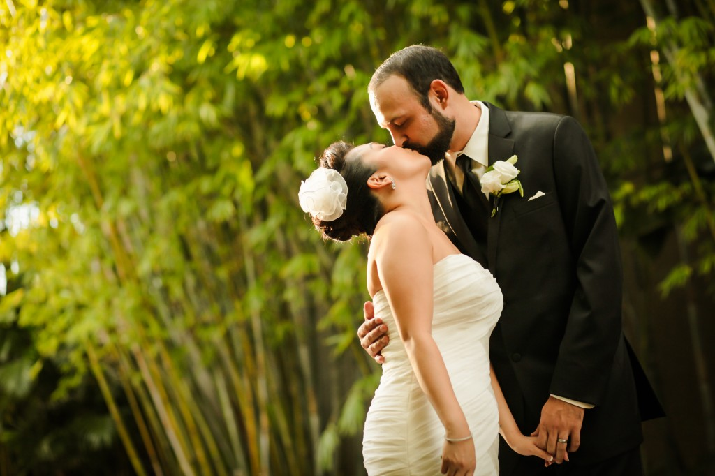 Black, White & Grey Modern St. Petersburg Wedding - NOVA 535 - St. Pete, FL Wedding Photographer Life Long Studios (30)