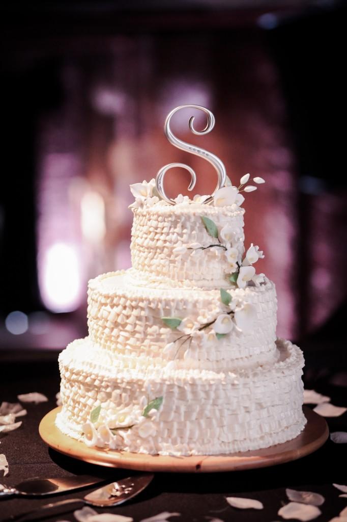 Black, White & Grey Modern St. Petersburg Wedding - NOVA 535 - St. Pete, FL Wedding Photographer Life Long Studios (40)
