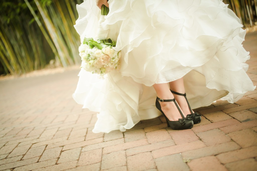 Black, White & Grey Modern St. Petersburg Wedding - NOVA 535 - St. Pete, FL Wedding Photographer Life Long Studios (10)