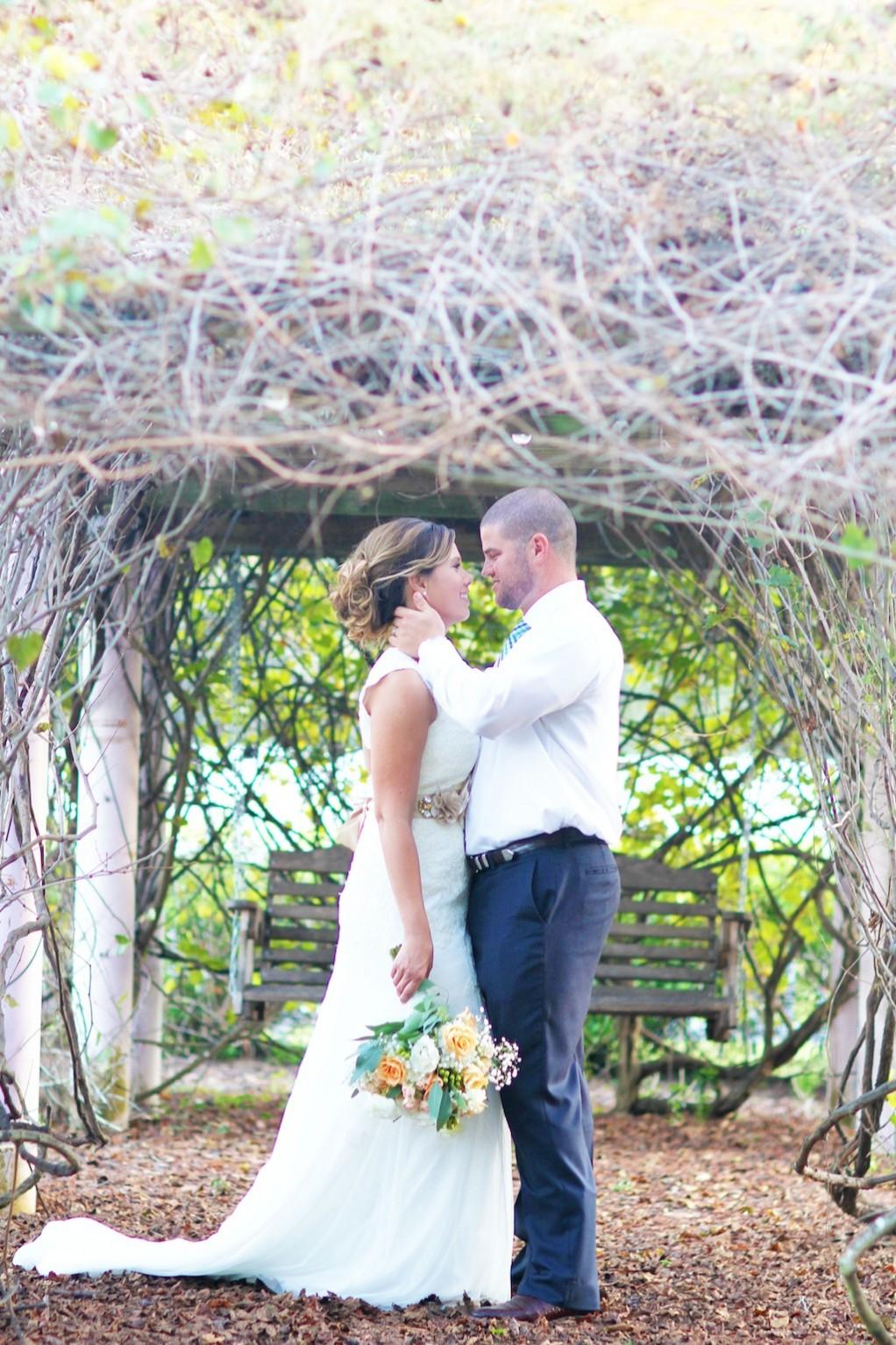 Rocking H Ranch Wedding - Gold, Cream & Peach Shabby Chic Wedding - Lakeland Wedding Photographer Wings of Glory Photography (22)
