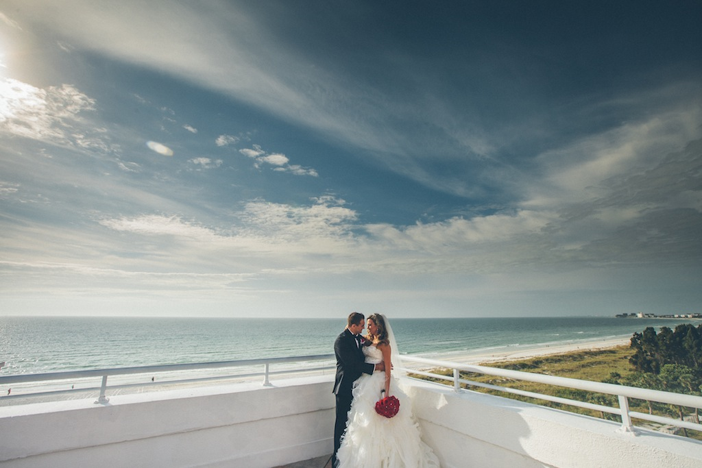 Don CeSar Wedding - Formal, black, white and gold St. Pete Beach Wedding by Parker Young Photography (15)