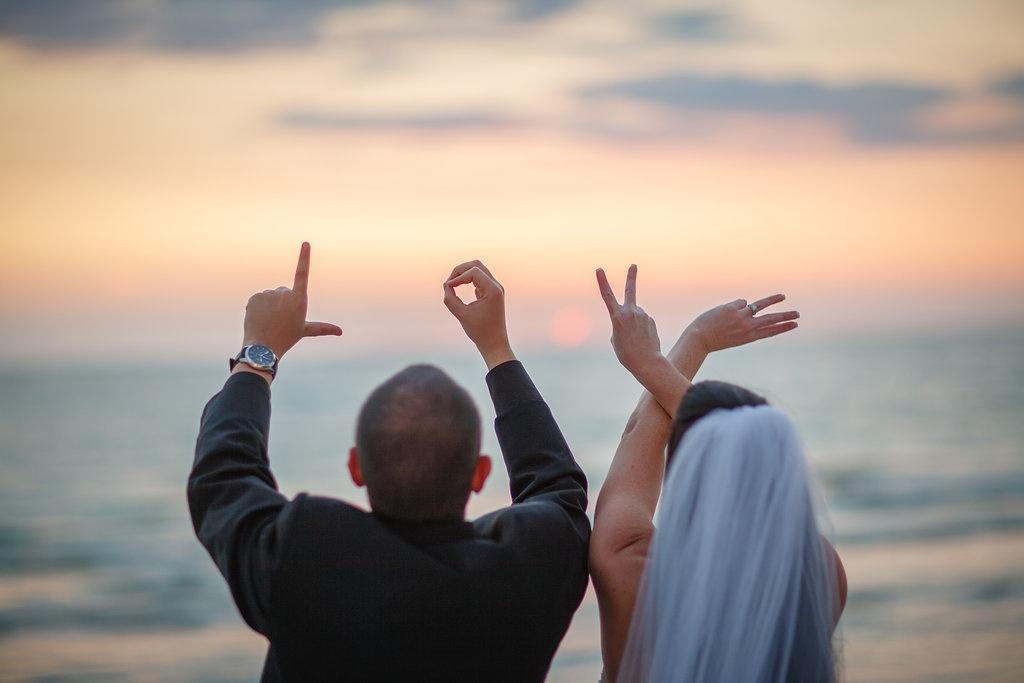 Pink, Disney Inspired Wedding - Don CeSar Wedding in St. Pete Beach, Fl - St. Petersburg Wedding Photographer Aaron Lockwood Photography (37)