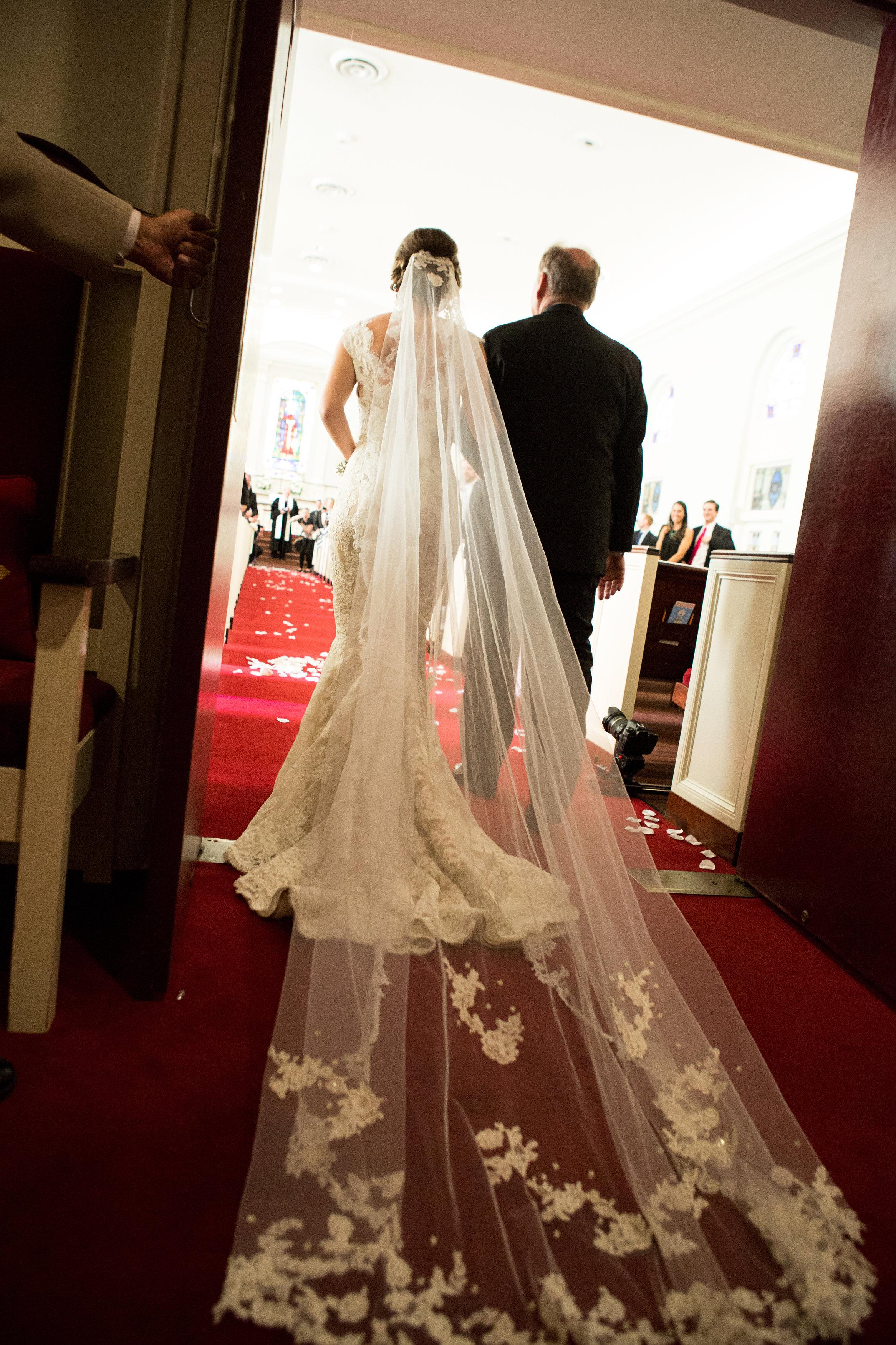 "Cream, White, & Gold ""Old Florida"" Wedding in South Tampa - Tampa Yacht Club Wedding - Tampa Wedding Photographer Blue Lane Studios (29)"