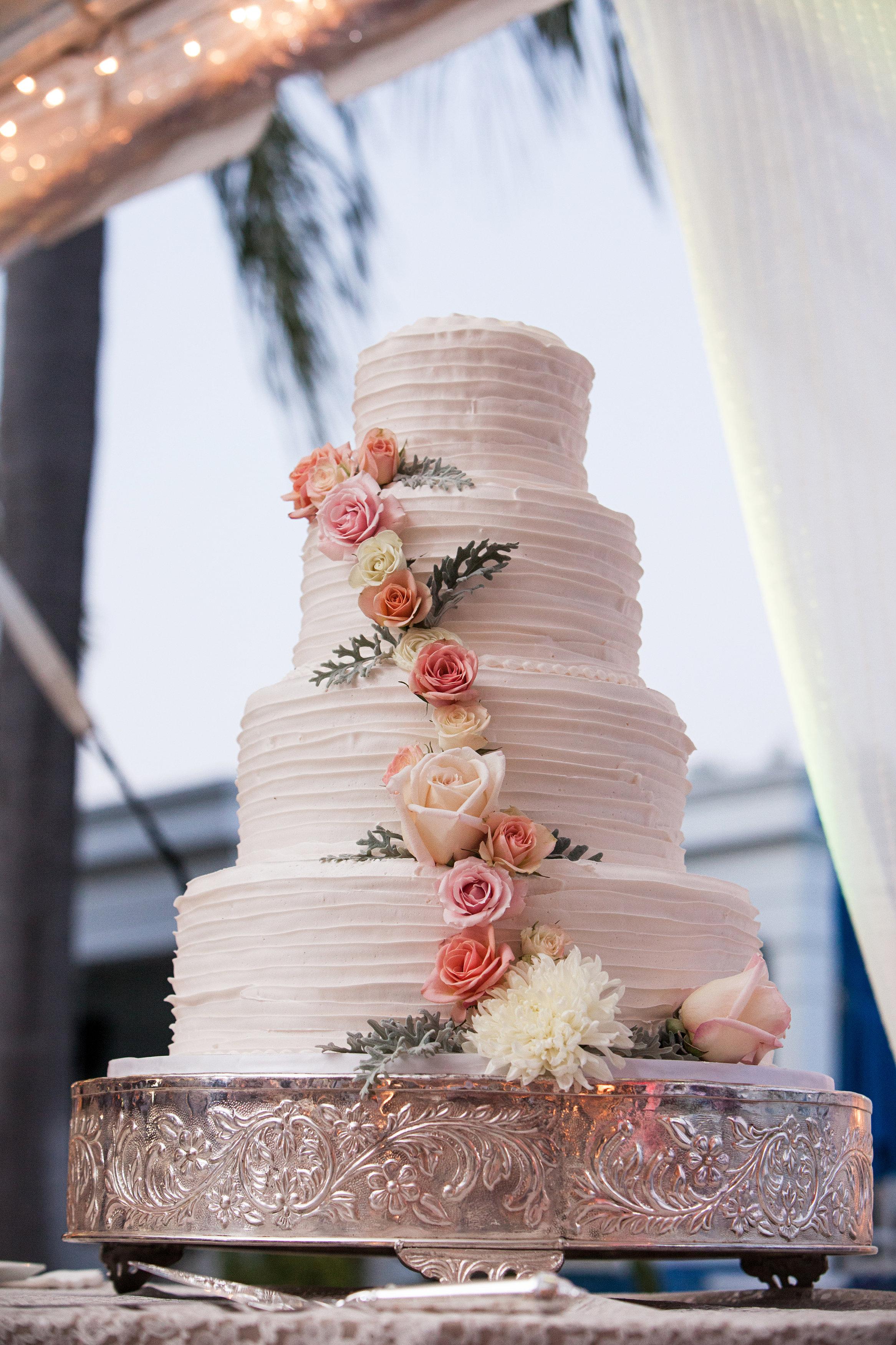 "Cream, White, & Gold ""Old Florida"" Wedding in South Tampa - Tampa Yacht Club Wedding - Tampa Wedding Photographer Blue Lane Studios (60)"