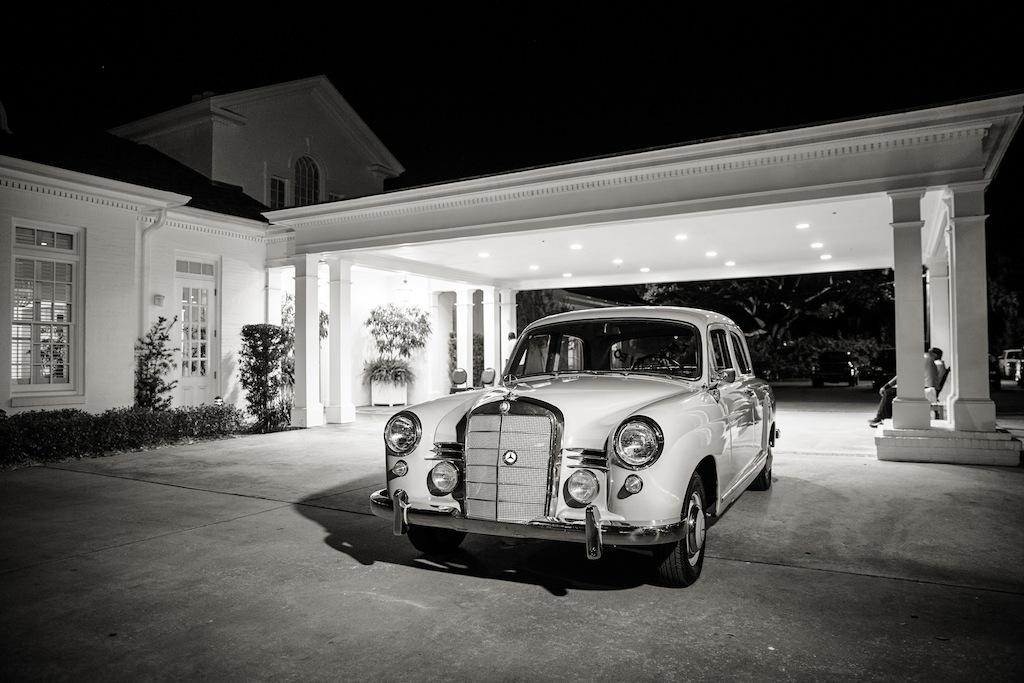 "Cream, White, & Gold ""Old Florida"" Wedding in South Tampa - Tampa Yacht Club Wedding - Tampa Wedding Photographer Blue Lane Studios (69)"