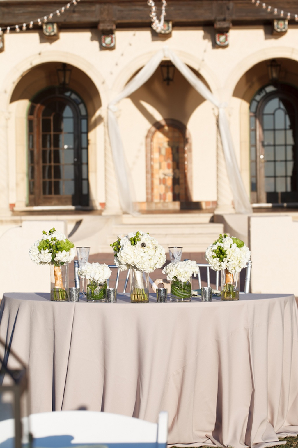 While Wedding Bouquet Centerpieces