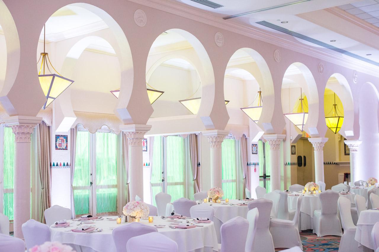 Renaissance Vinoy White Wedding Reception | St. Petersburg, FL
