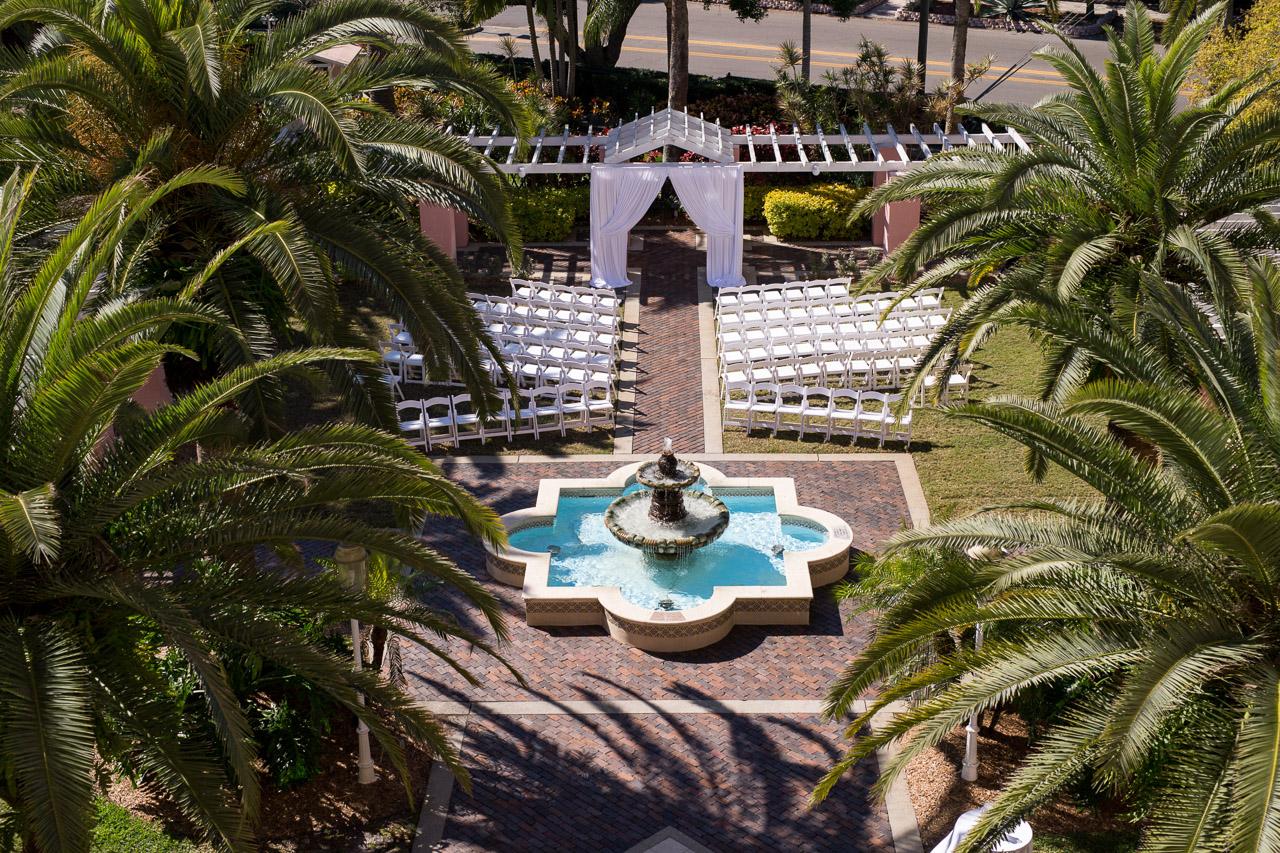 Renaissance Vinoy Outdoor Wedding Ceremony | St. Petersburg, FL
