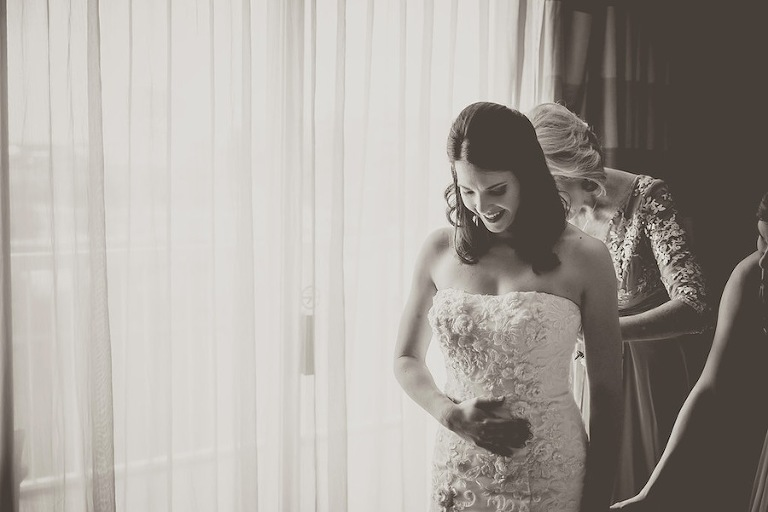 Bride Getting Ready on Wedding Day | Kristen Marie Photography