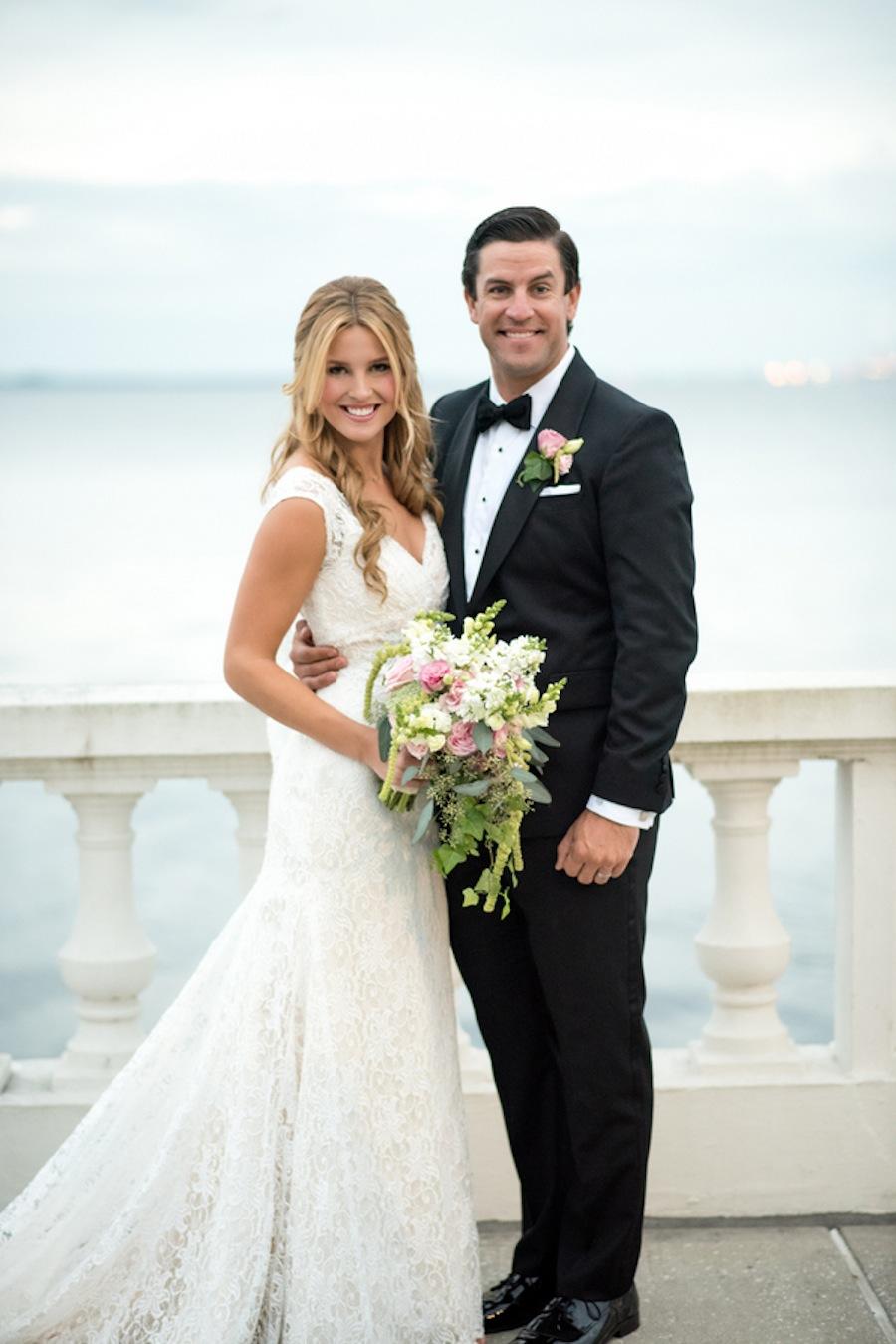 Bayshore Boulevard Wedding Portrait   South Tampa Wedding   Caroline & Evan Photography