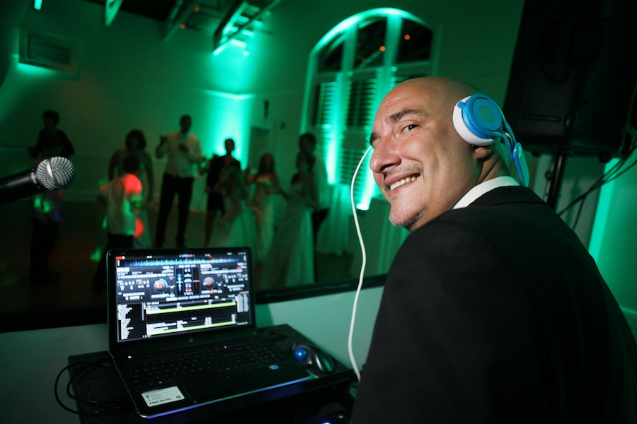 Best Wedding DJ and Music | Delite Entertainment Tampa Bay