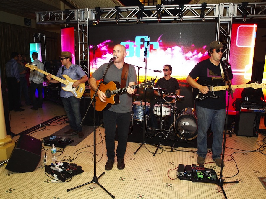 Tampa Wedding Band | Breezin' Entertainment