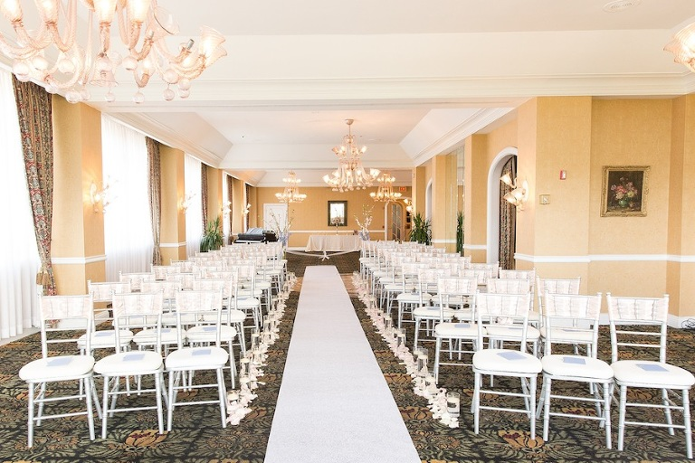 White Centre Club Wedding Ceremony | Tampa Wedding Venue