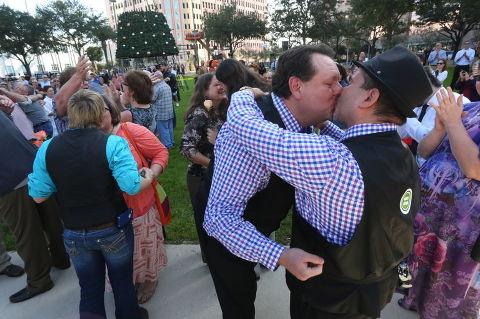 Same Sex St. Pete Wedding - Gay Wedding Tampa Bay | Skip O'Rourke Tampa Bay Times