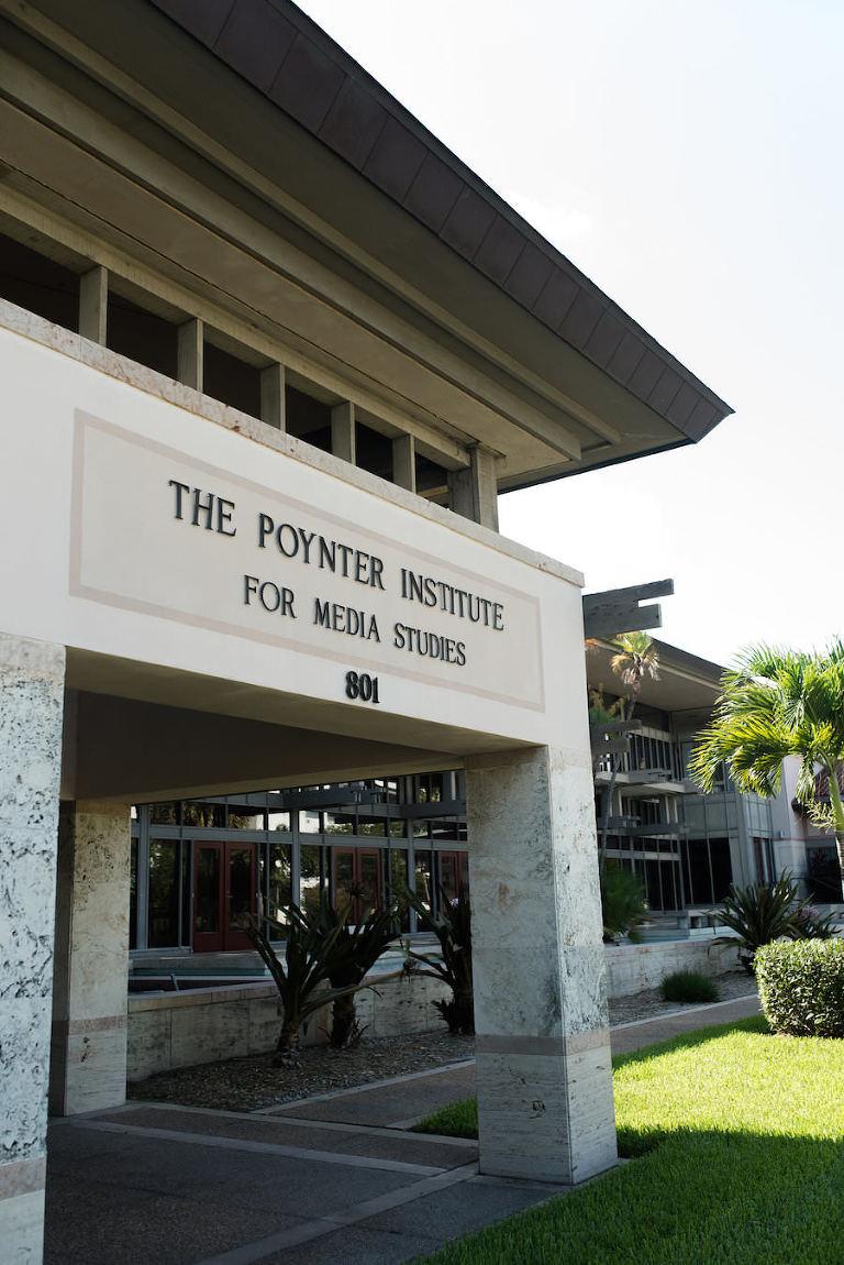 Unique Downtown St. Pete Waterfront Wedding Venue The Poynter Institute