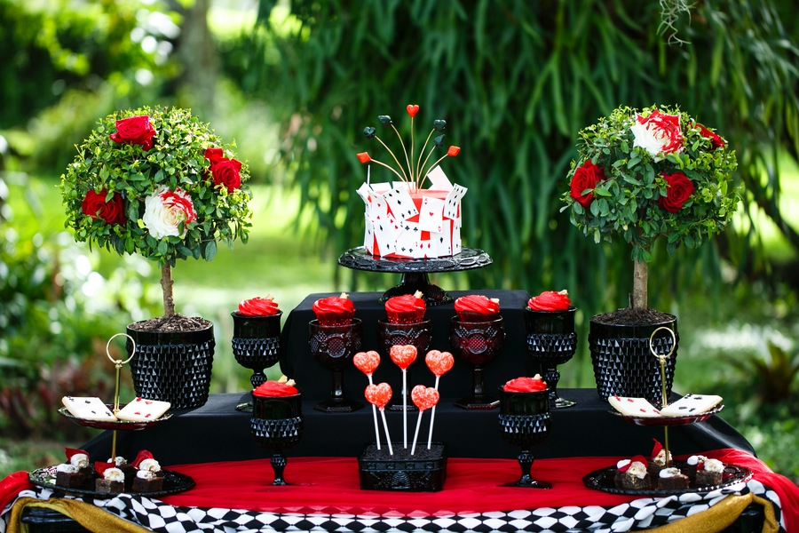 alice in wonderland queen of hearts black and red tea party wedding bridal shower tampa wedding venue usf botanical gardens chefin pastries