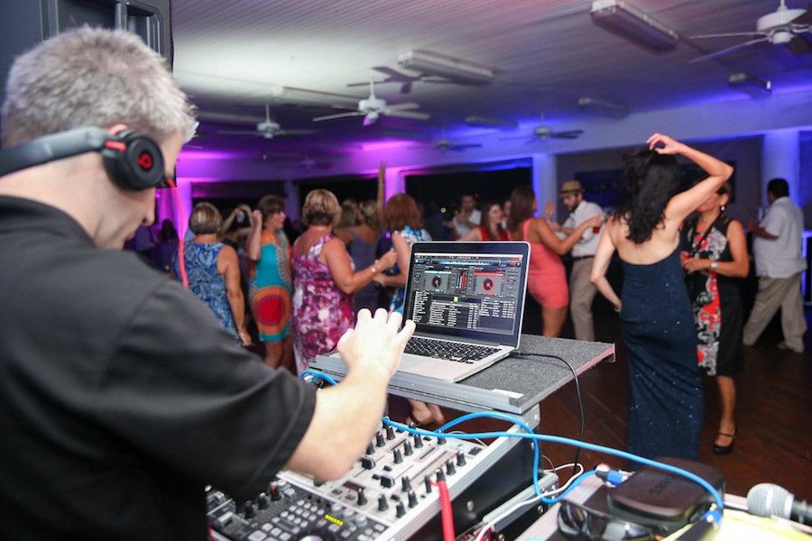 Boone's Professional Events | Best Tampa Bay Wedding DJ