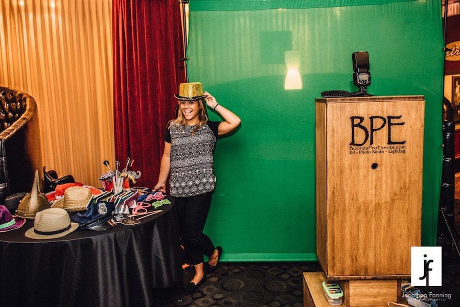 Best Tampa Bay Wedding Photo Booth: Boone's Professional Events