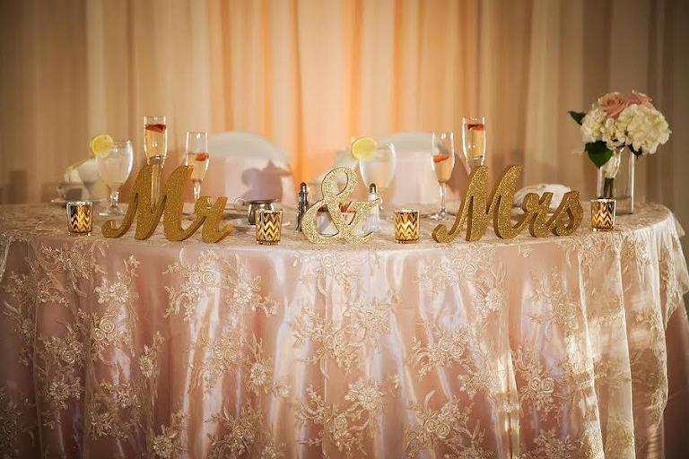 Wedding Linen Rentals | Tampa Wedding Linen Rentals Custom Linen Rentals