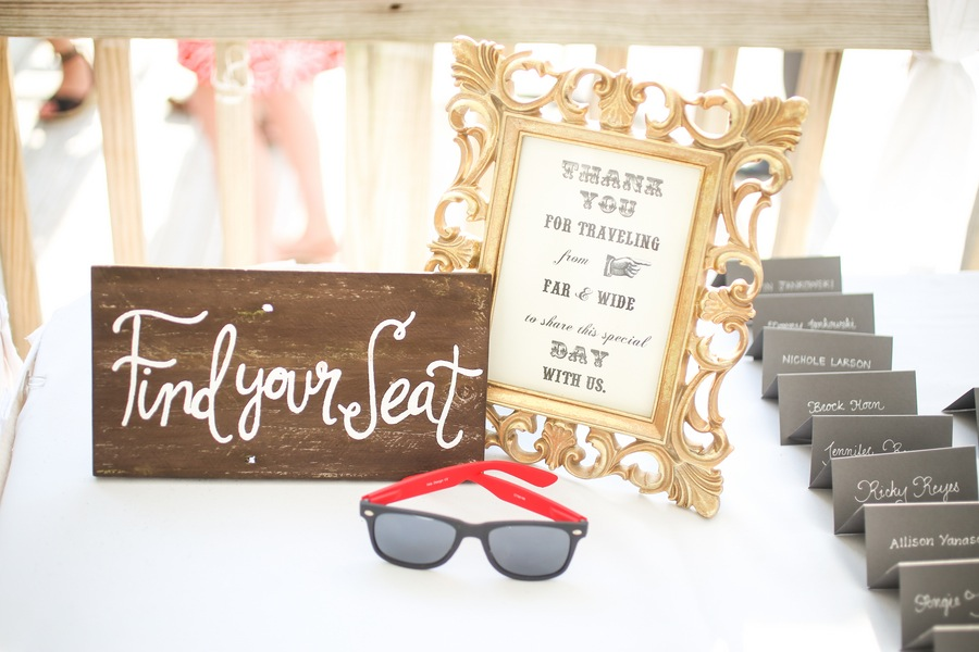 Beach Wedding Seating Chart Signage with Sunglasses