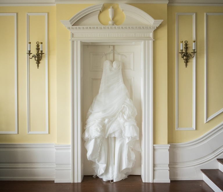 White Sweetheart Organza Wedding Dress | Casablanca Bridal