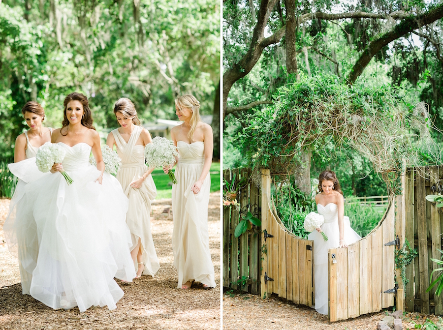 Cross Creek Ranch Bride and Bridesmaid Wedding Portrait |Photos by Tampa Wedding Photographer Ailyn La Torre Photography