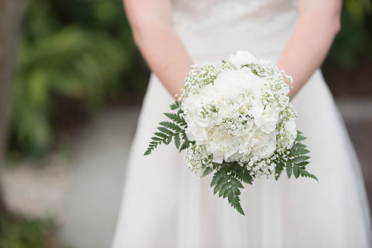 White Wedding Bouquet of Flowers with Greenery | St. Petersburg Wedding Photographer Kristen Marie Photography
